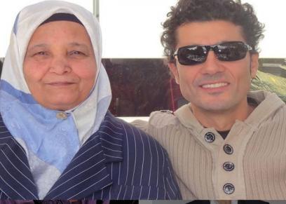 خالد النبوي ووالدته