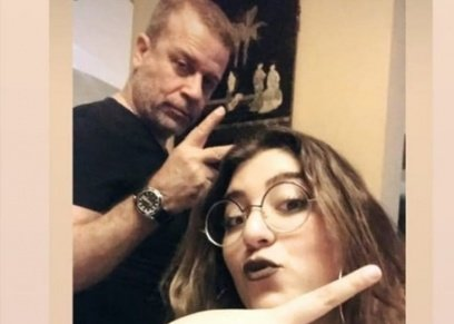 تعليقات تلخص رأي شريف منير في حجاب ابنته