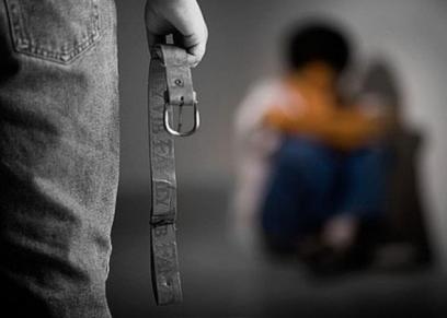ابرز وقائع قتل وتعذيب الآباء لأبنائهم