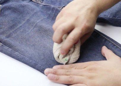 خطوات العناية بالملابس الجينز