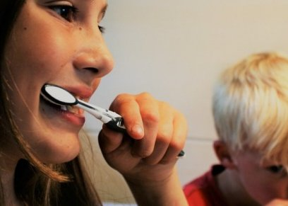 اسباب تسوس الأسنان رغم الاعتناء بها