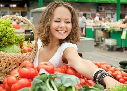 اغسلها بالصابون.. نصائح لتجنب الإصابة بـ كورونا بسبب الخخضروات والفاكهة