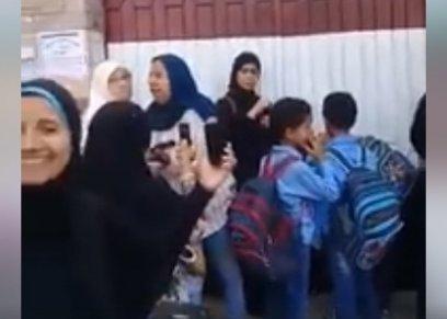 سيدة تحاول دخول مدرسة في الاسكندرية لخطف الأطفال