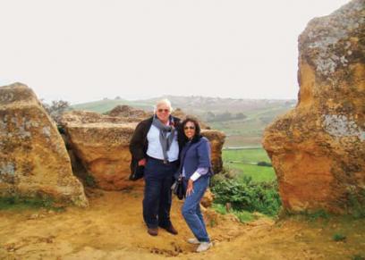 حسن كامي وزوجته