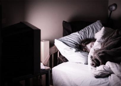 النوم أمام التلفاز - أرشيفية