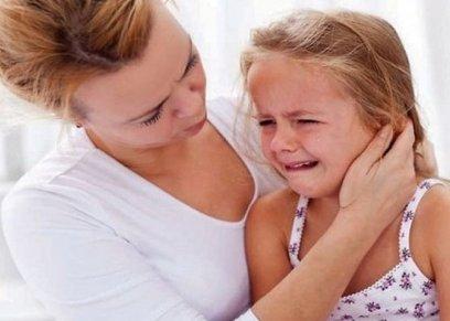 طفلة مصابة بالديدان الشريطية