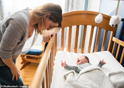 قلة النوم بسبب الانجاب