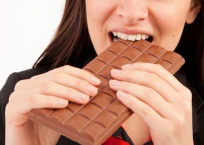 مخاطر الإفراط في تناول الشوكولاتة