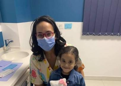 طبيبة الاسنان