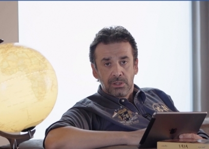 الفنان كريم عبد العزيز