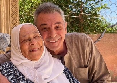 محمود حميدة ووالدته