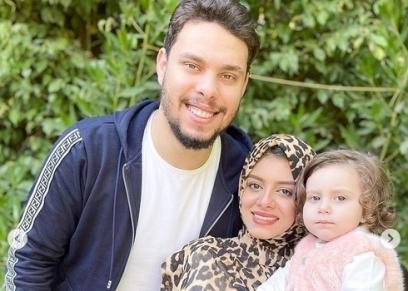 أحمد حسن وزينب وابنتهم أيلين