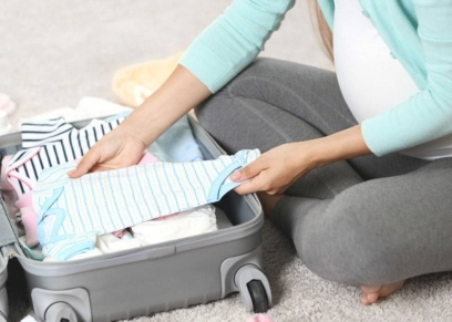 أثناء التجهيز لحقيبة الولادة