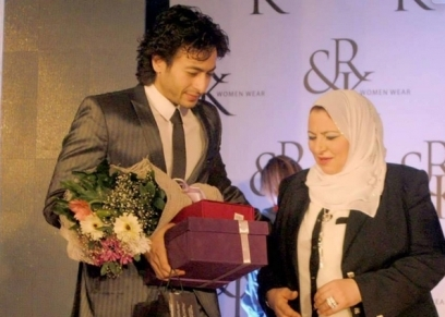 حمادة هلال مع والدته