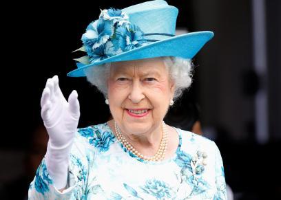 الملكة إليزابيث - أرشيفية