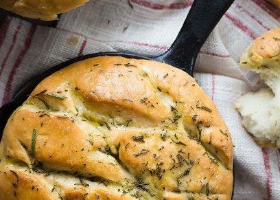 خبز بالروزماري- صورة أرشيفية