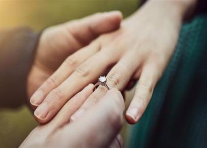 استشاري نساء وتوليد يوضح قدرة الفتاة المعاقة ذهنيا على الزواج