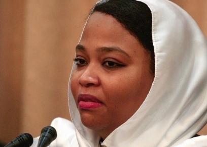 ولاء البوشي وزيرة الشباب والرياضة في السودان