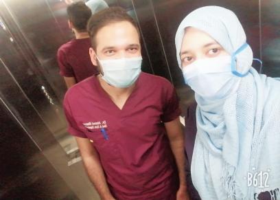 الدكتور أحمد وخطيبة الدكتورة زينب