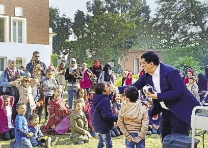 أطفال وأمهاتهم شاركوا فى الاحتفالية