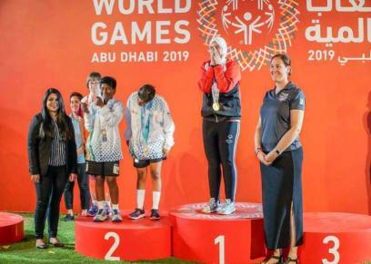 مايا مرسي تهنئ اللاعبة هبة مجدي لحصولها على ذهبية ألعاب القوى