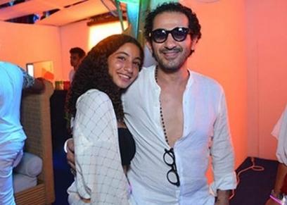 ابنة منى زكي ووالدها أحمد حلمي