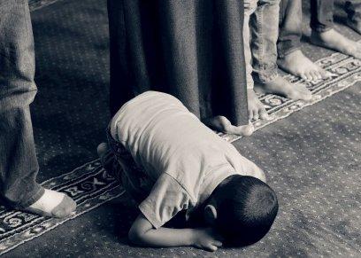 سلي صيام طفلك فى شهر رمضان بتعليمه صفة الأخلاص