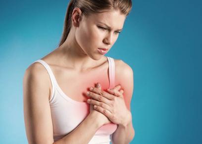 الأعراض المفاجئة التي تنذر بالنوبات القلبية