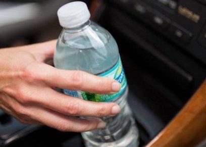 تعرف على اضرار شرب الماء في زجاجات بلاستيكية..يسبب سرطان الثدي