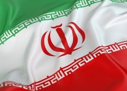 """إيران تزيل دمى الملابس من محال طهران.. """"تنشر الإباحية"""""""
