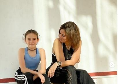 إيمان العاصي وابنتها
