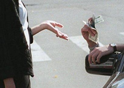 سورية في دبي تعرض عذرية طفلتها للبيع مقابل نحو 14 ألف دولار