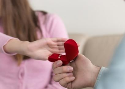 حكم رفض الفتيات الزواج دون وجود أسباب
