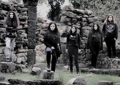 فرقة الميتال النسائية الأولى في لبنان تتحدى الأعراف الاجتماعية