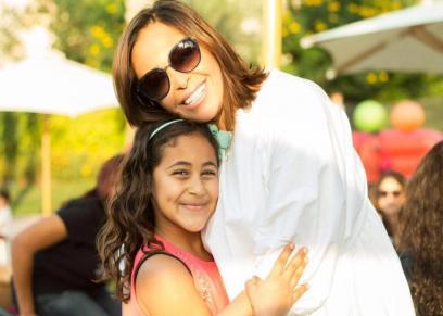 الفنانة داليا البحيري مع ابنتها