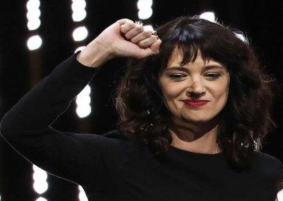 الممثلة الإيطالية