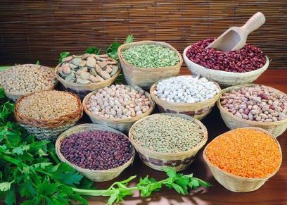 «فول وحمص وعدس».. «أطعمة مصرية» قد تنقذ العالم من الجوع في المستقبل