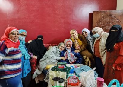 ماما سلوى وسط سيدات «الهاند ميد»