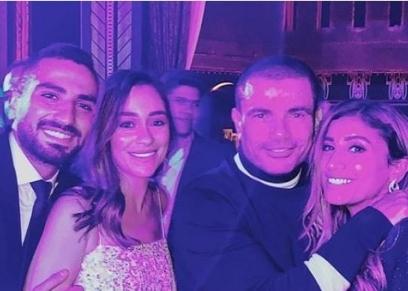 عمرو دياب ودينا الشربيني بصحبة الشرنوبي وخطيبته
