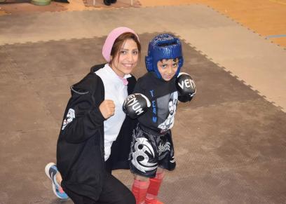 نورا محمد تمارس رياضة  الكيك بوكسينج