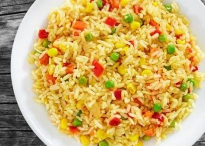 أرز أصفر بالبسلة