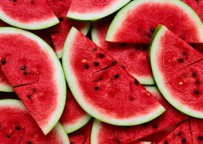 5 فوائد صحية من تناول بذور البطيخ.. يمنع الشيخوخة