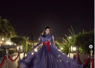 مي عمر ترتدي فستان هنا شيحة بإختلاف اللون في حفل سحور