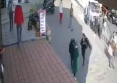 اعتداء على سيدتين مسلمتين في تركيا