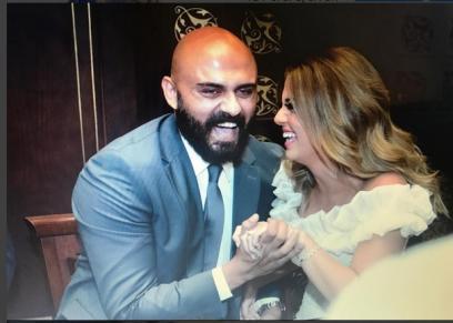 أحمد صلاح وزوجته