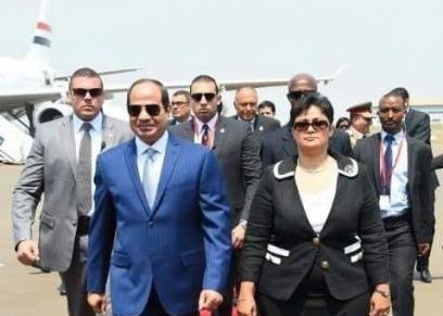 نميرة نجم برفقة الرئيس عبدالفتاح السيسي