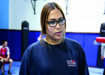 نادية عبد الحميد أول مدربة ملاكمة عربية تفوز بجائزة محمد بن راشد للإبداع:
