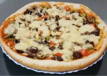 طريقة عمل بيتزا بكبدة