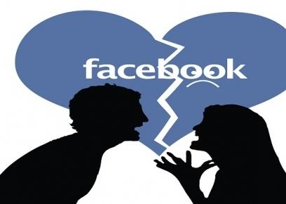 قصص السيدات مع الانفصال بسبب الفيسبوك