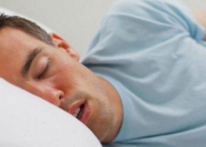 دراسة: علاج انقطاع النفس أثناء النوم يحسن الحياة الجنسية